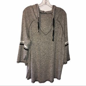3/$21 Knapp Studio Long Sleeve Hooded Sweater